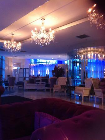 Harlequin Hotel Castlebar: Foyer