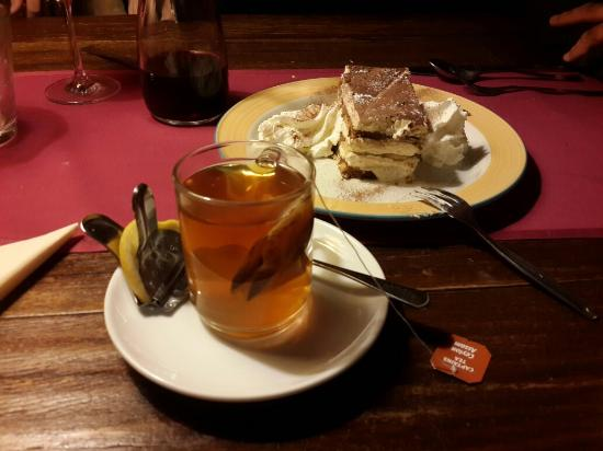 La Montanara: Black tea and tiramisu.