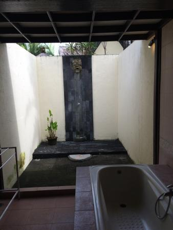 "The Seminyak Village: Outdoor shower in villa ""Jepun"""