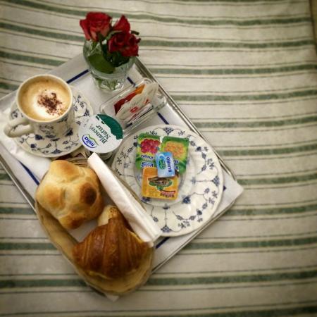Hotel Suisse: Завтрак