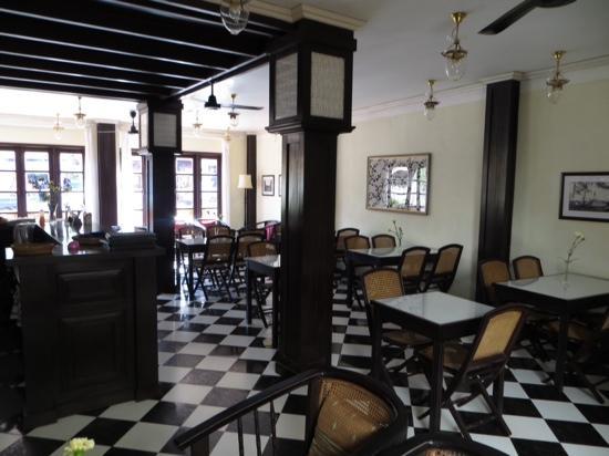 Hotel Khamvongsa: Bar