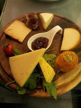 TabernaDeiCinqueSensi : Selezioni di formaggi siciliani