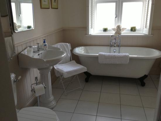 The Old Rectory Weymouth: Dorchester Room Bathroom