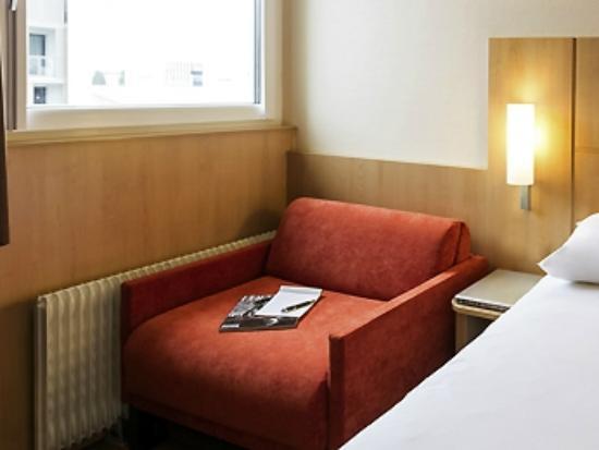 Ibis Lyon Gerland Rue Merieux : chambre