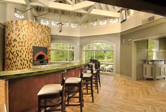 The Omni Homestead Resort: The pizza oven at the Casino Restaurant.