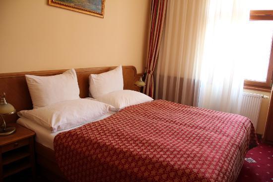 Askania : Кровать