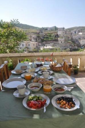 Aravan Evi Boutique Hotel: Aravan evi organic breakfast