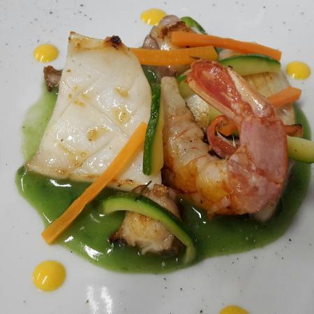 Osteria dai Consorti: Insalata di mare con verdurine croccanti