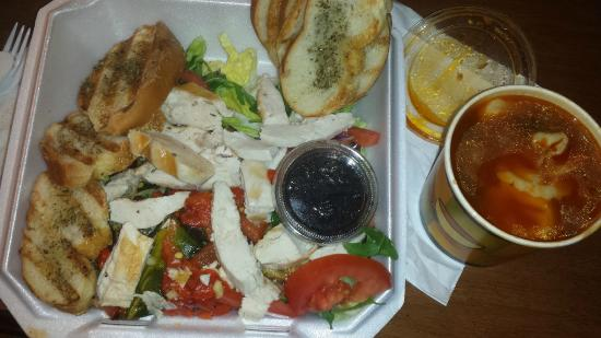 Bonta Italian Market and Cafe: soup and salad to go
