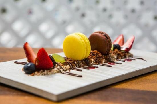 Kitchen 218: Dessert Plate