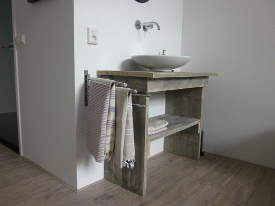 bed and breakfast haarlem 1001 nacht holland b b anmeldelser sammenligning af priser. Black Bedroom Furniture Sets. Home Design Ideas