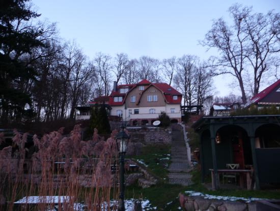 Zechlin, Deutschland: Herrlich gelegn am Hang Südseite