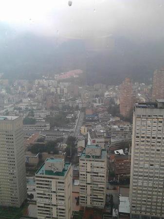 La Macarena: En  el  centro Barrio   La   Macarena