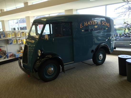 E Hayes and Sons - The World's Fastest Indian: Original van bought new