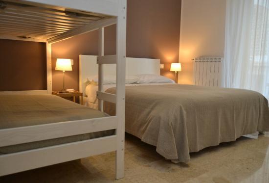 B&B Re Umberto: camera da letto 2/4 persone