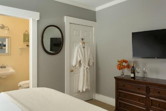 Loon Room a the Squam Lake Inn