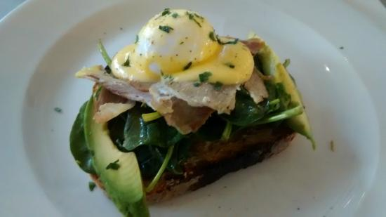 No. 11 Pimlico Road: Eggs Benedict