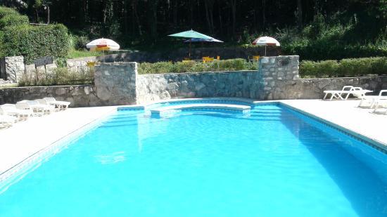 Las Terrazas Resort & Apart-Cabañas: Vista de la piscina exterior