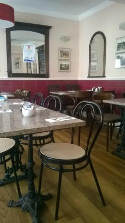 Drake's Fish & Chip Restaurant: restaurant open lunchtime and evenings