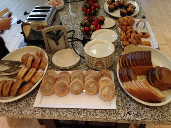 Hilton Garden Inn LAX/El Segundo: Breakfast Buffet