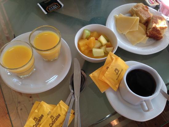 Hotel Santa Cruz: Desayuno