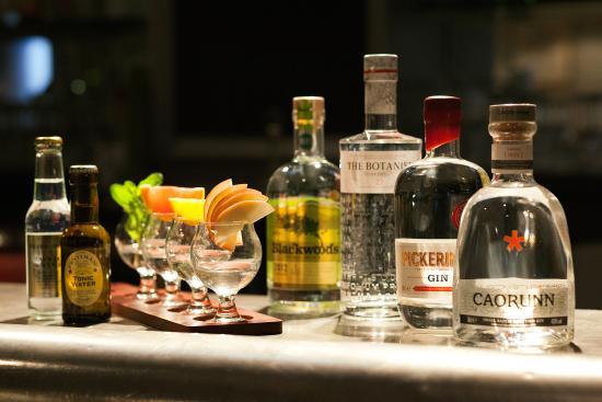 Photo of English Restaurant Mother's Original Gin & Draft Bar at 24 Howe Street, Edinburgh EH3 6TG, United Kingdom