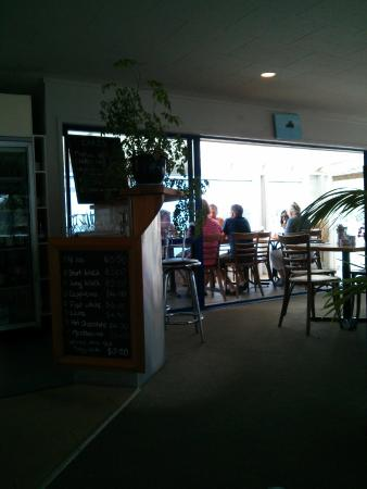 Cafe Sandspit: Patio