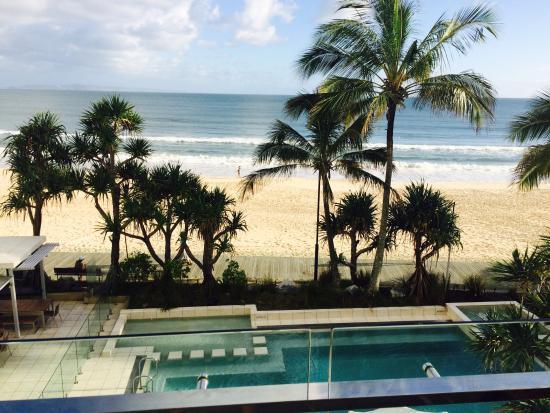 Fairshore Beachfront Apartments: What a View
