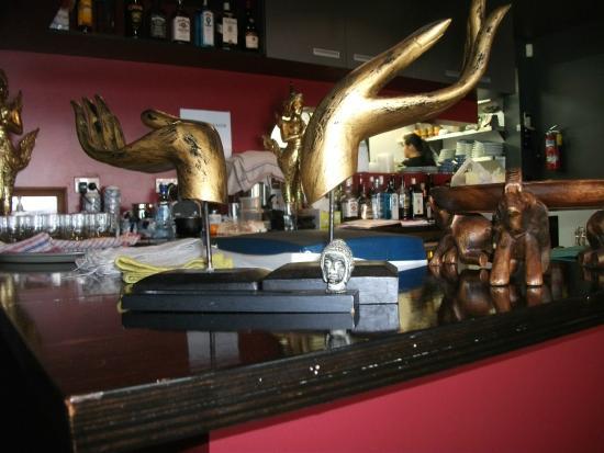 The Thai : The bar area