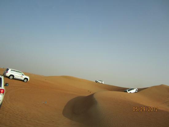 Arabian Team Adventures: Saltando entre las dunas