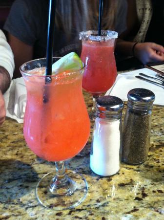 Village Grille: drinks!