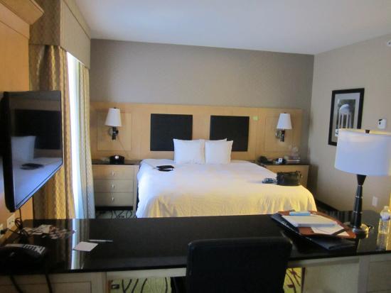 Hampton Inn & Suites Raleigh/Crabtree Valley: The sleeping area