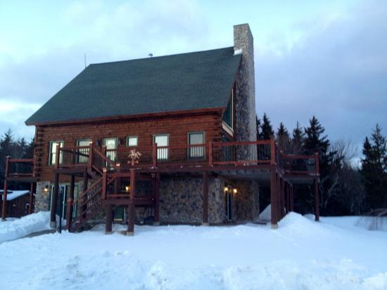 Rose and Goat Retreat: Main Lodge