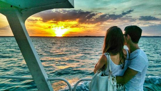 Wildlife Coast Cruises: Twilight Cruise romance
