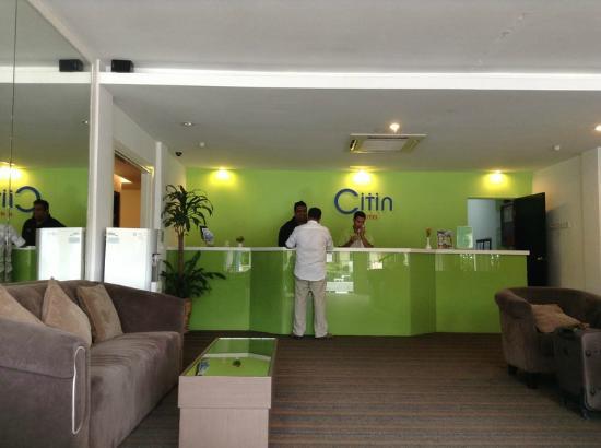 Citin Hotel Langkawi: เคาร์เตอร์เช็คอิน