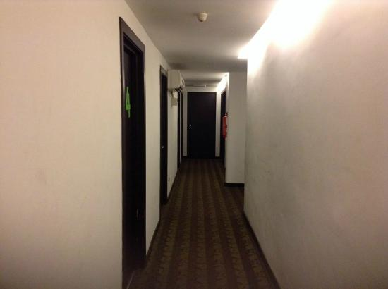 Citin Hotel Langkawi: ทางเดินเข้าห้อง