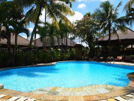 Saren Indah Hotel: swimming pool