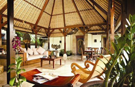 Puri Wulandari Boutique Resort Open Air Living Room