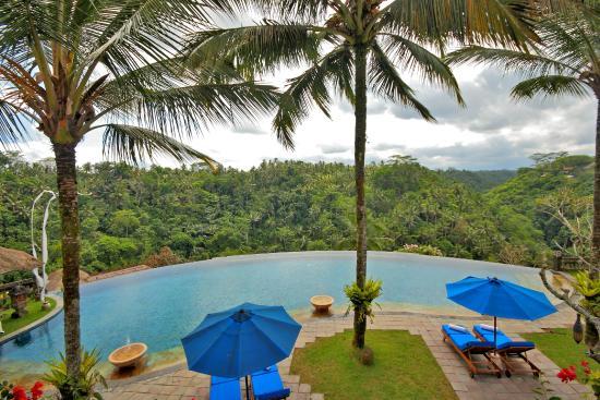 Puri Wulandari Boutique Resort: Mail Pool Overlooking to Ayung Valey