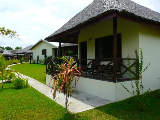 Beachfront Resort: Bungalow