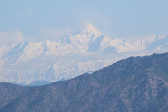 Kunjapuri Devi Temple: View from Kunjapuri Hill top of snow covered peaks(last week Dec 2014)