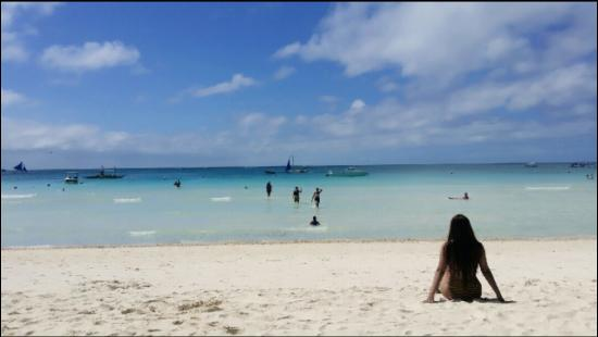 White Beach de Boracay: Barbiepilya on Boracay Paradise '15