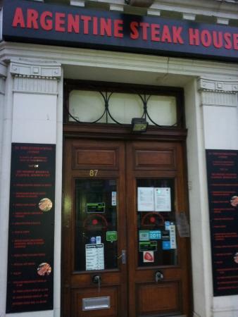 Argentine Steakhouse El Toro: Entrancr