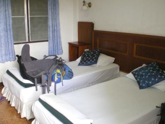 Rendezvous Guest House: standard beds not fancy but comfy