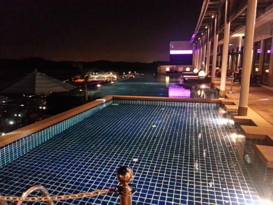 Poolside Picture Of Hotel Jen Puteri Harbour Johor Johor Bahru