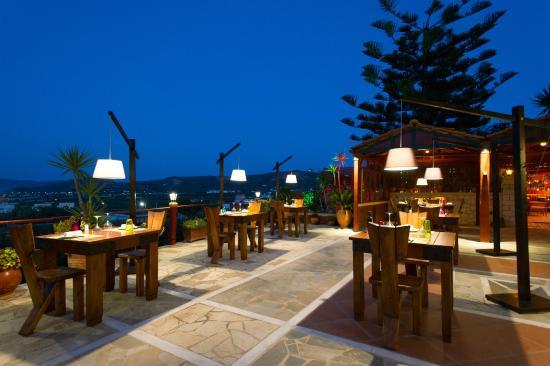 Mama's Dinner, Fine Dining Restaurant in Kissamos, Chania, Crete, Greece