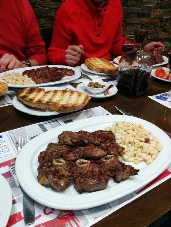 Badalona, Spanien: Churrasco de ternera