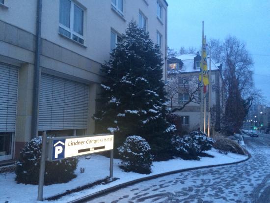 Lindner Congress Hotel Frankfurt: Snow day