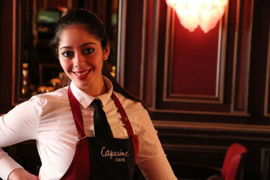 Serveuse Café Capucine - Picture of Restaurant Capucine Cafe ...