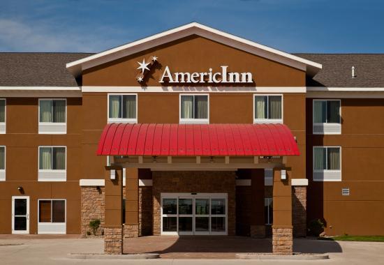 AmericInn Hotel & Suites Hartford